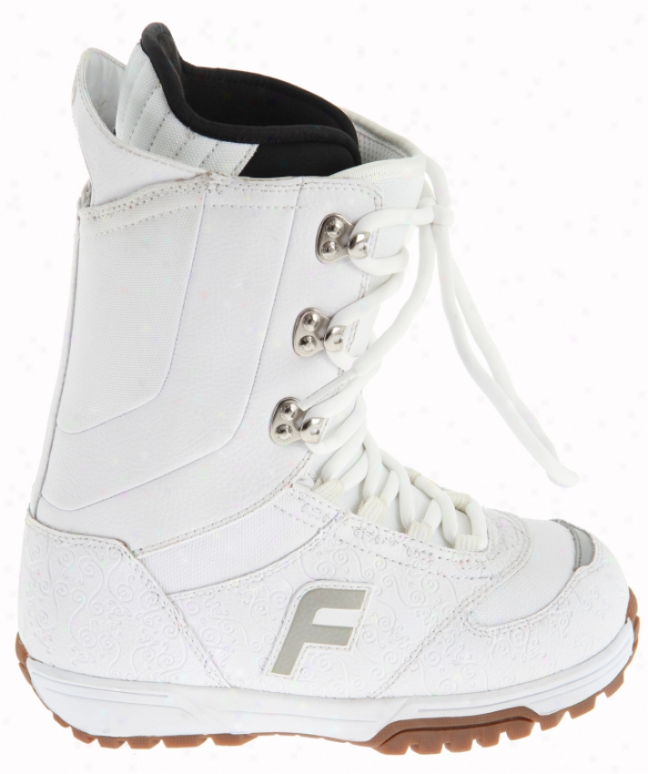 Forum Destroyer Snowboard Boots Pale