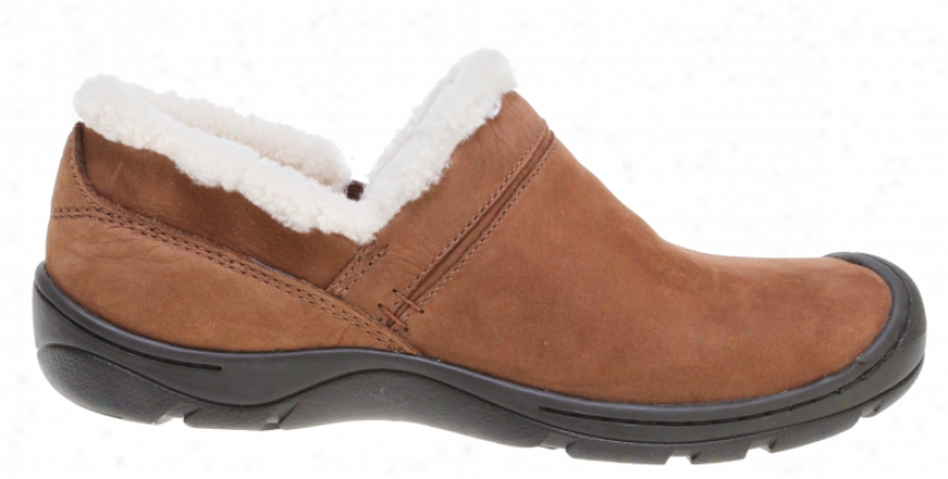 Piercing Crestsd Butte Slip On Shoes Potting Soil