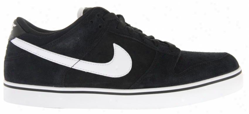 Nike 6.0 Dunk Se Skate Shoes Black/white