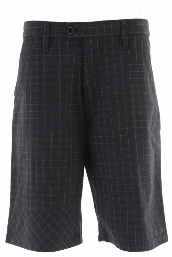 Oakley Transient Shorts Black Plaid