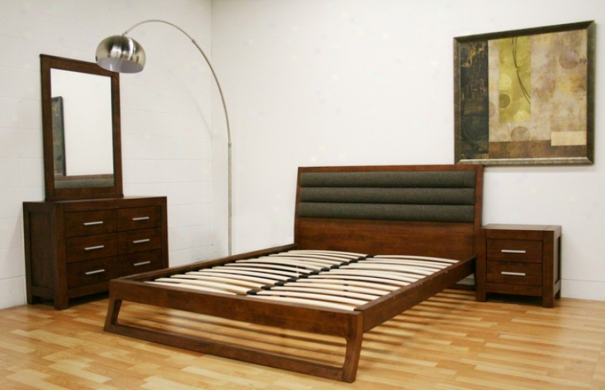 4pc Quern Size Platform Bedroom Set In Brown Finisy