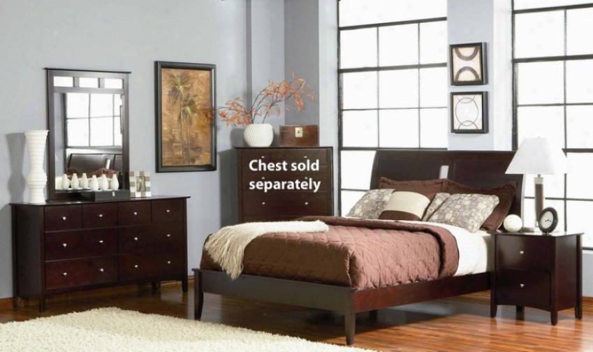 4pc Queen Sise Platform Bedroom Set In Rich Merlot Finish