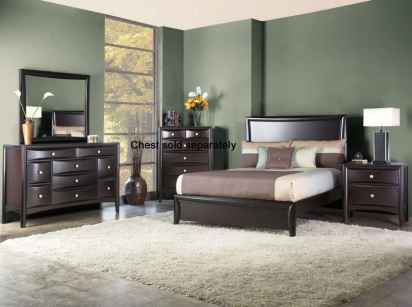 4pcs Queen Size Panel Bed Bedroom Set In Mahogany Finish