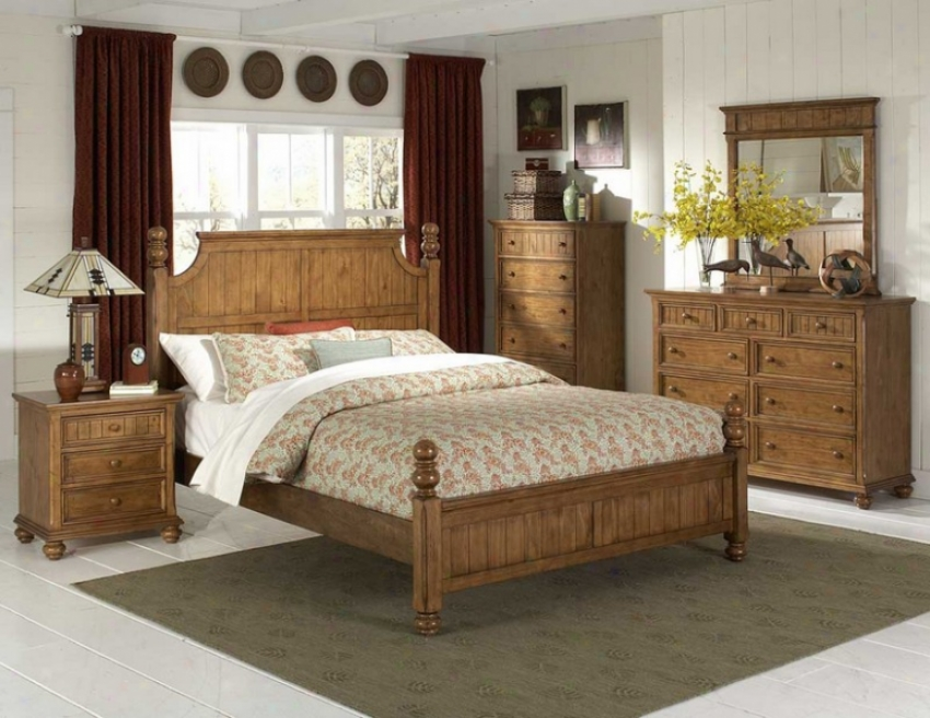 5pc Queen Size Bedrooom Set In Waxy Pine Finish