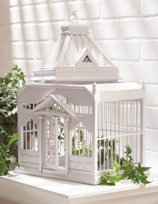 Casa Cristina Birdcage With Carved Design Roof In White Finish