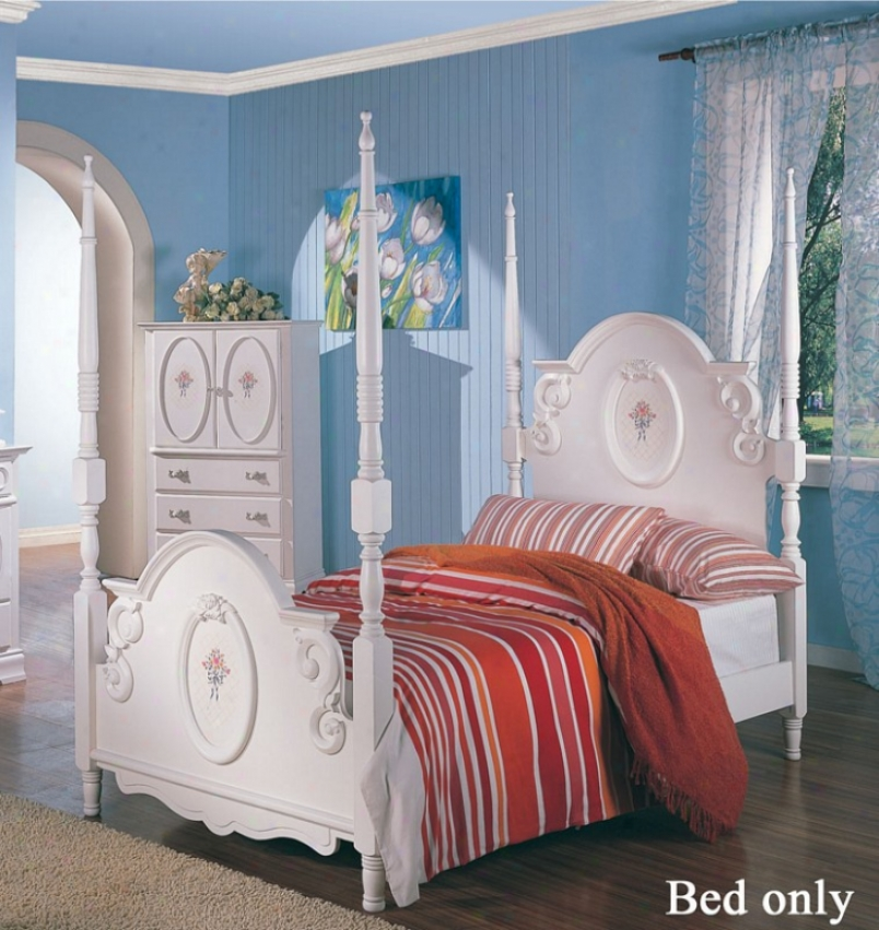 Full Sizw Poster Bed With Floral Painted In Ahtique White Finish