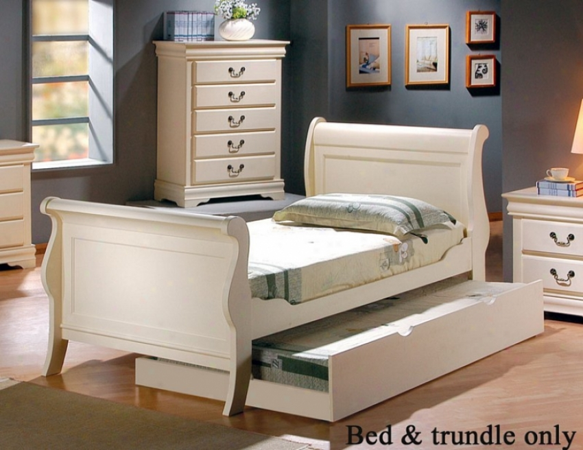 Full Size Sleigh Bed With Trundle In White Finish