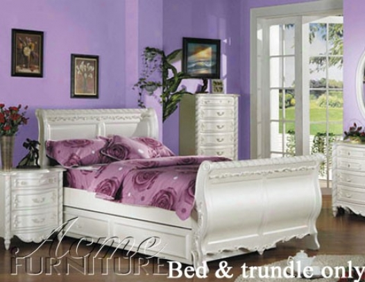 Entire extent Size Sleigh Bed With Trundle White Finish