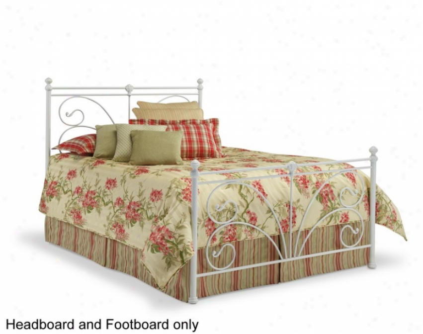 Queen Size MetalH eadboard And Footboard - Vineland Traditional Style In Antique White Finish