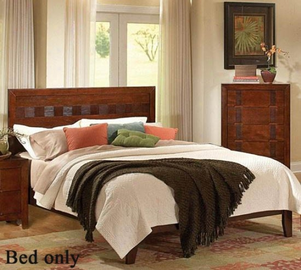 Queen Size Platform Bed With Bamboo Like Design In Cherry Finish