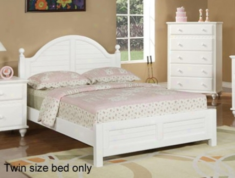Twin Size Kids Bed Cottage Style In White Finish