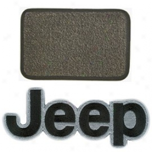 Ultimat Rear Cargo Mat Sand Grey With Black Jeep Logo & With Or Withouy Drlver's Leff Foot Rest