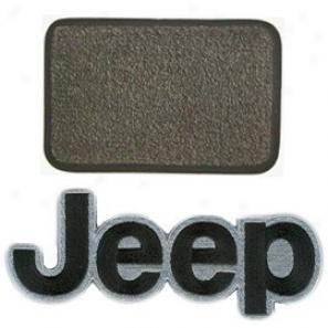 Ultimat Rear Standard Cargo Mat Sand Grey Upon Black Jeep Logo