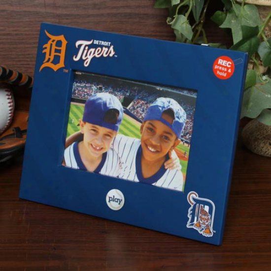 Detroit Tkgers 4'' X 6'' Navy Blue Talking Picture Frame