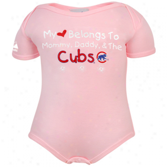 Majestic Chicago Cubs Infant Girls Pink My Heart Belongs Creeper