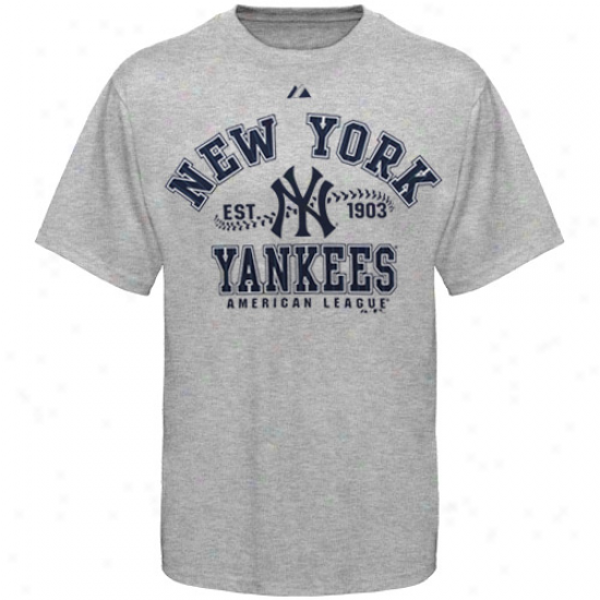 Majestic New York Yankees Ash Dial It Up T-shirt