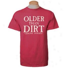 Older Than Dirt T-shirt Medium-red