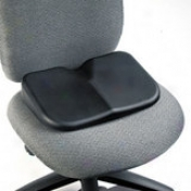 "Safco Softspot Seat Cusion - Non-abrasive, Anti-static, Washable - 15.5"" X 10"" X 3"" - Black"