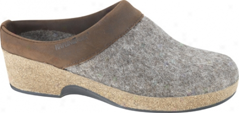 Haflinger Grizzly Wedge - Earth