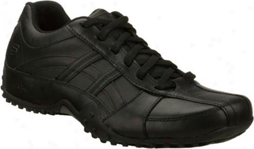 Skechers Rockland Systemic (men's) - Negro