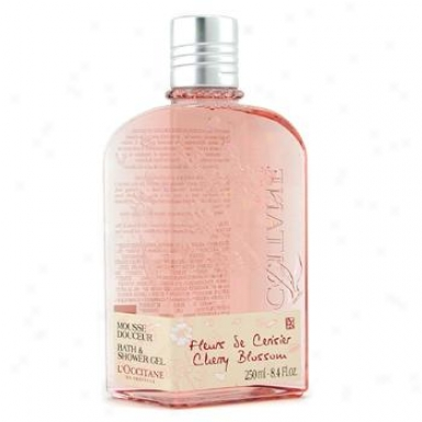 L'occitane Cherry Blossom Bath & Shower Gel 250ml/8.4oz