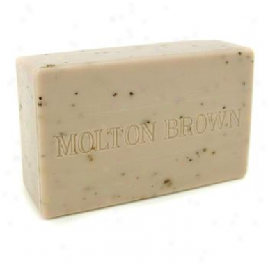 Molton Brown Re-charge Black Pepper Body Mean Bar 250g/8.8oz