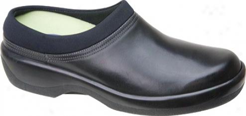 Aetrex Ambulator Biomechanical Clog (women's) - Black Leather