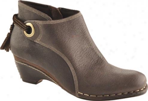 Antia Shoes Remi (women's) - Mocha Vintage Fulo Grzin/coa Suede