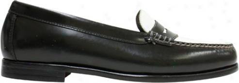 Bas Traveller (women's) - Black/white Box Leather