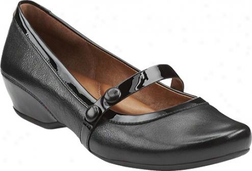 Clarks Concert Hal (women's) - Black Leather