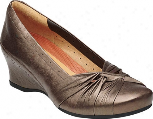 Clarks Un.marked (women's) - Brown Metallic Leather
