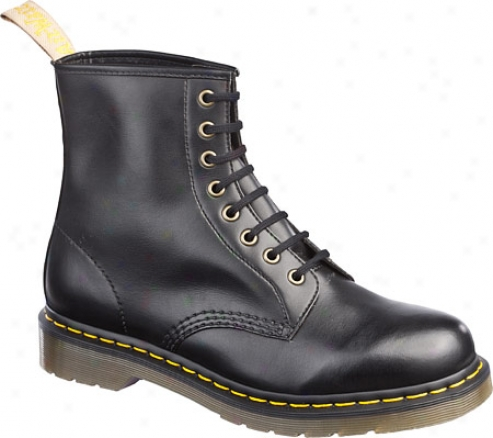 Dr. Martens Vega 1460 8-eye Boot - Black Felix Rub Off