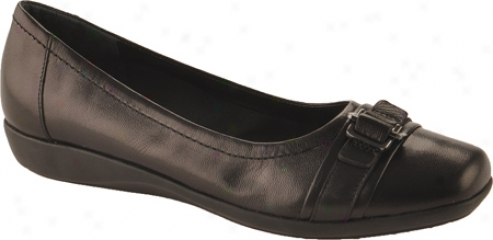 Natural Spirit Tomara (women's) - Jet Black Combo Leather