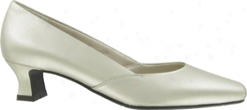 Quiet Street Carefree (women's) - Champagne Smooth Leather