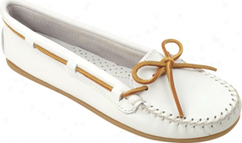 Minnetonka Smooth Leather Moc (women's) - White Smooth Leather