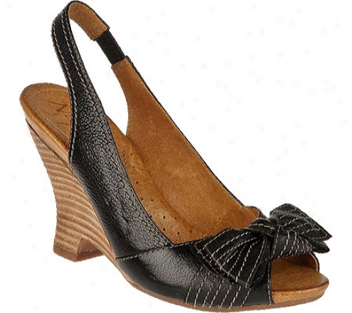 Naya Giada (women's) - Black Giglio Leather