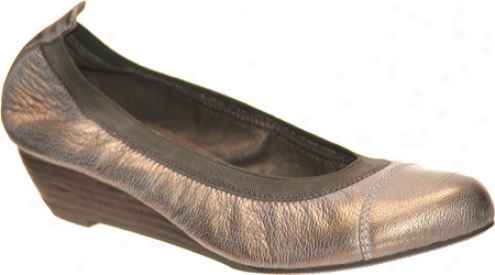 Nicole Better (women's) - Gold Leather