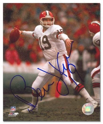 Bernie Kosar Cleveland Browns - Releasing Ball - Autographed 8x10 Photograph