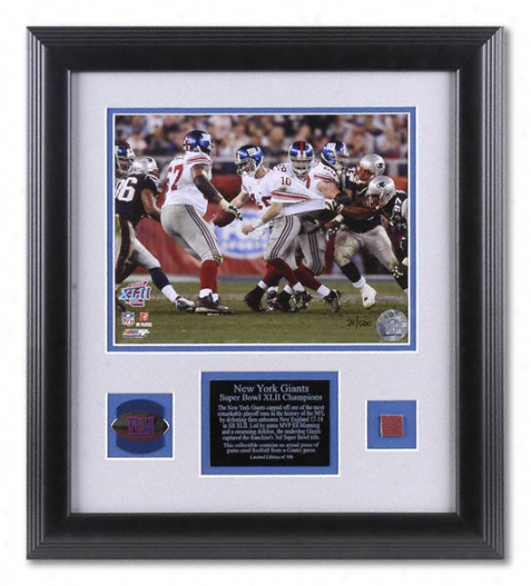 Eli Manning New York Giants - Super Bowl Xlii Scramble - Framed 8x10 Photograph With Game Used Football Piece And Team Medallion