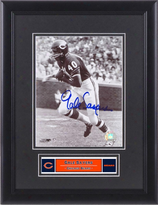 Gale Sayers Chicago Bears Framed Autographed 8x10 Photograph