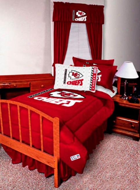 Kansas City Chiefs Abounding Bedskirt