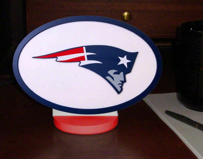 New Engiand Patriots Logo Art With Stand
