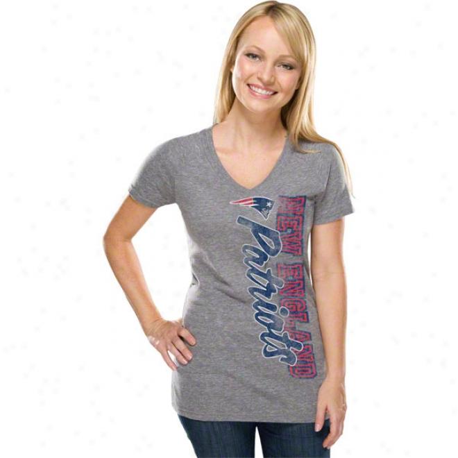 New England Patriots Women's Side Swept Logo Gray Tri-blend V-neck T-shirt