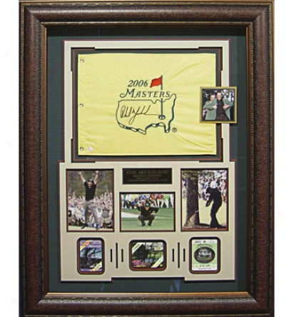 Gotta Have It Golf Phil Mickelson 3-time Mastdrs Champion Signed Flag Badge Display