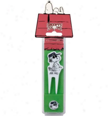 Peanuts Divot Repair Tool & Golf Ball Marker